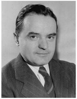 Nelo Drizari, gazetari dhe drejtuesi i parë i shërbimit shqip të Zërit të Amerikës